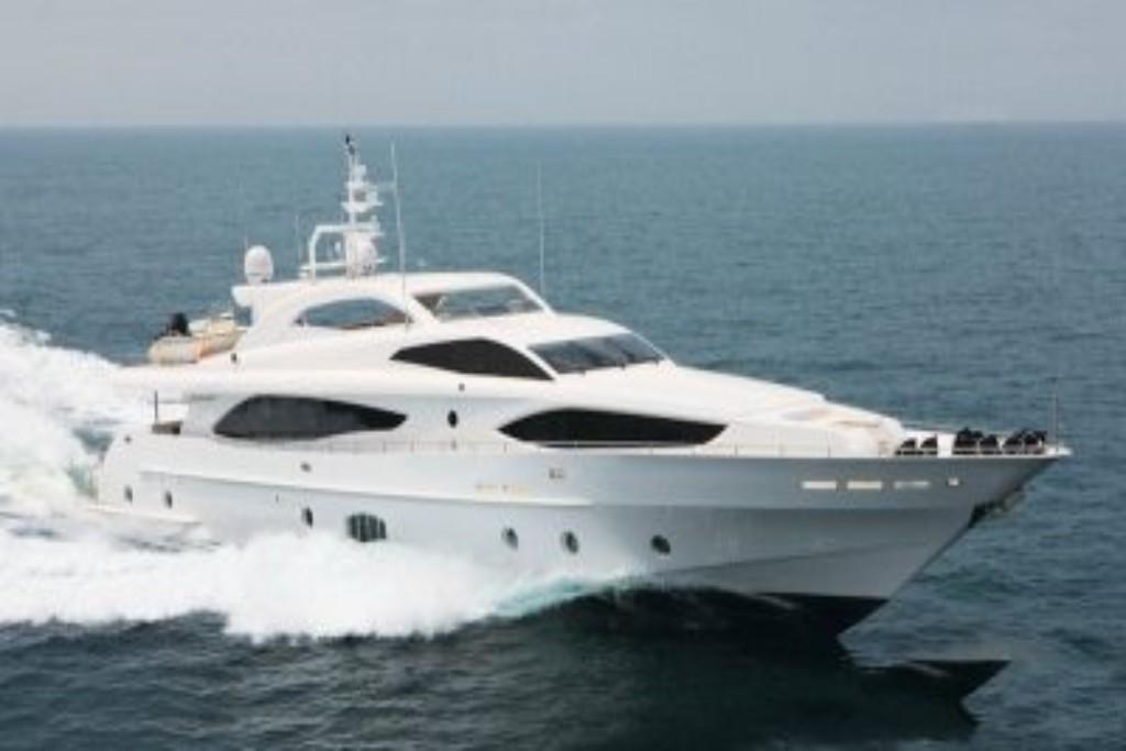 yacht tour dubai marina